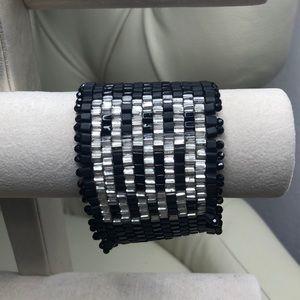 Jewelry - Beautiful Black & White Beaded Wide Bracelet